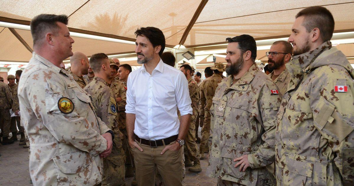 トルドーはクウェートの軍隊にカナダが中東で「ステップアップ」しなければならないと告げる