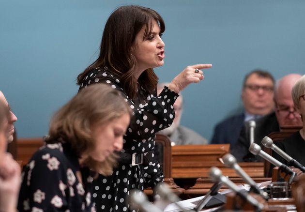 La députée du Parti québécois Véronique Hivon s'insurgeant contre...