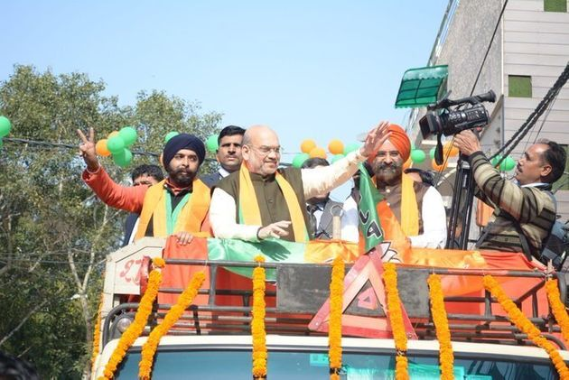 BJP candidate Tajinder Bagga with Amit