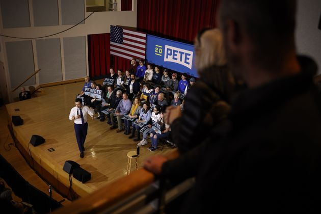 KEENE, NEW HAMPSHIRE - FEBRUARY 08: Democratic presidential candidate former South Bend, Indiana Mayor...