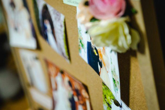 海外で結婚式を挙げた一橋さんと武田さん。日本で二人の法的な結婚は認められていない