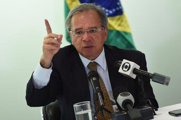 Ministro da Economia comparou servidores a parasitas na última sexta