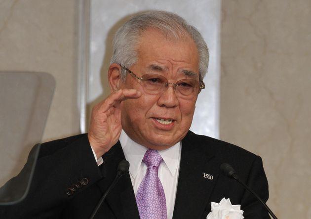 自民党の党大会で講演する野村克也さん