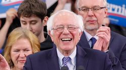 샌더스가 민주당 경선 레이스 선두주자로 치고