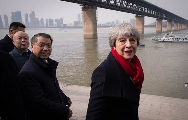 Theresa May Meets Chinese President For Talks On Trade And Global