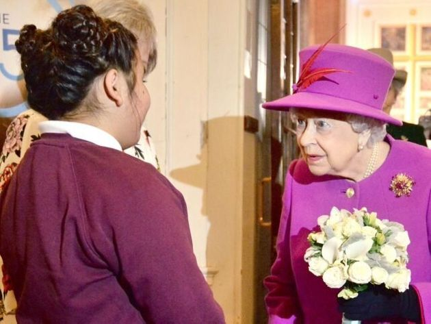 Queen Joins Congregation To Mark Scripture Union'S 150th