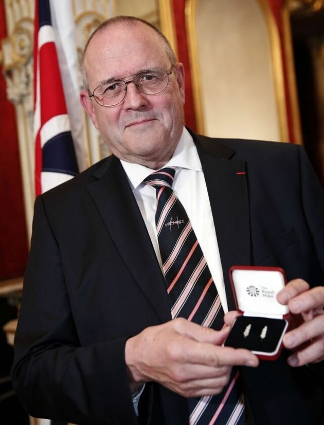 British Businessman Gets Bravery Award For Preventing French Train