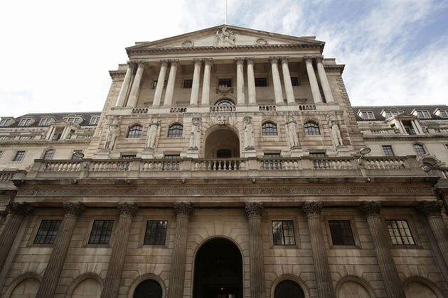 Credit Card Borrowing Rises Amid Consumer Debt
