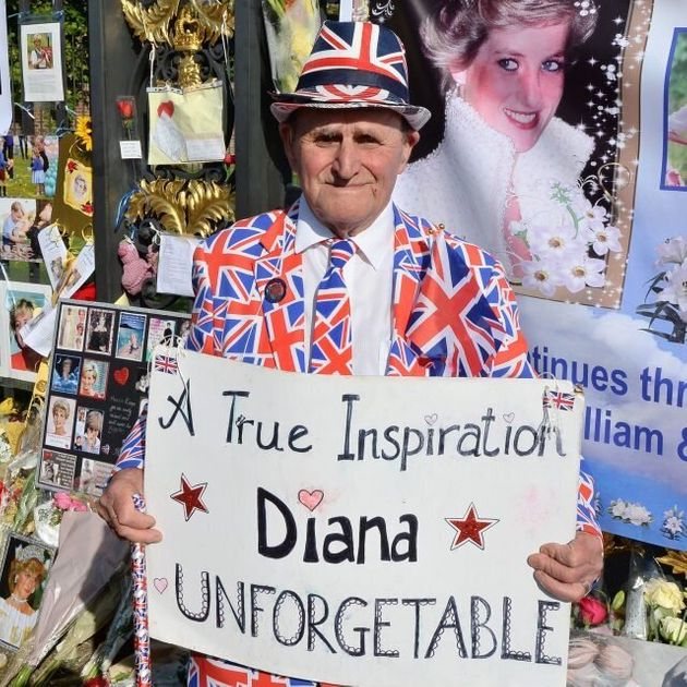In Pics: The World Remembers Diana On The 20th Anniversary Of Her