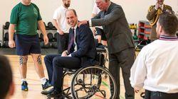 Ο πρίγκιπας Γουίλιαμ έπαιξε μπάσκετ σε αναπηρικόαμαξίδιο, αλλά δεν ήταν τόσο