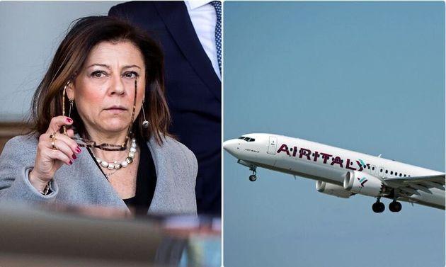 Il ministro delle Infrastrutture Paola De Micheli - un aereo della flotta Air
