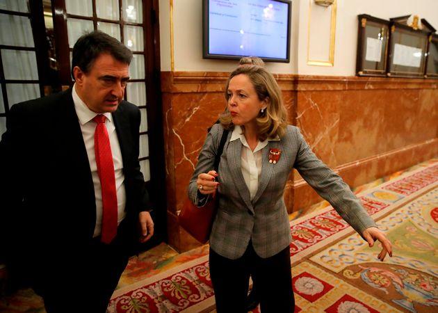 Aitor Esteban (PNV) y Nadia Calviño, vicepresidenta