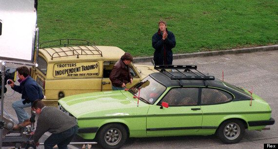 Only Fools & Horses: Fan Ian Nixon To Sell Del Boy's 'Pratmobile' For £30,000