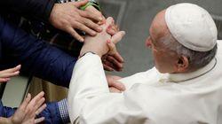 «Όχι» του Πάπα στη χειροτονία παντρεμένων ανδρών ως ιερέων στον