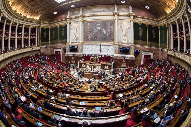 Photographie de l'hémicycle de l'Assemblée nationale