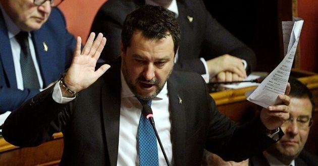 Le chef de l'extrème droite italien Matteo Salvini s'exprime lors d'une allocution au Sénat...