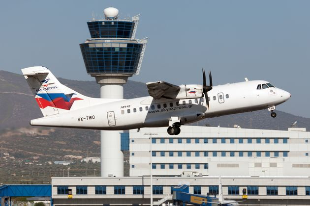 Sky Express: Η αεροπορική σύνδεση Κέρκυρα - Ακτιο - Κεφαλονιά - Ζάκυνθος συνεχίζεται