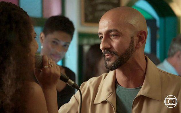 Irandhir Santos como Álvaro, em 'Amor de
