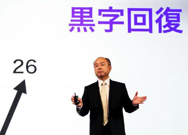 ソフトバンクG、129億円赤字 孫氏「潮目変わった」