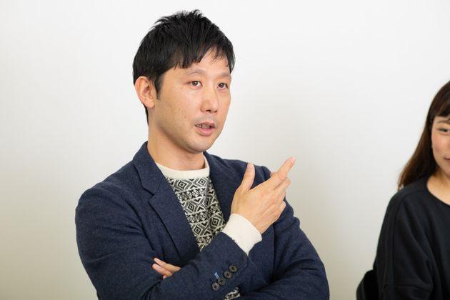 田中俊之(たなか・としゆき)さん:大正大学心理社会学部准教授。男性学の視点から育児や男女格差などの問題を研究している。4歳、7カ月の二児のパパ