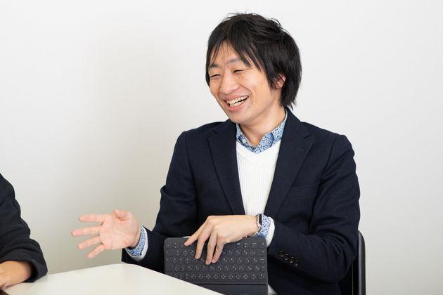 駒崎弘樹(こまざき・ひろき)さん:待機児童問題、子どもの貧困対策などに取り組む政策起業家。親子支援事業を手掛ける「フローレンス」を運営。9歳と7歳の二児のパパ