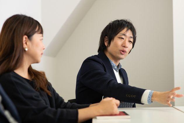 アライ(支援者)の重要性について語る駒崎さん(右)