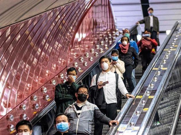 Las muertes por el coronavirus en Hubei se disparan hasta las 1.310