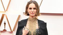 Critiquée par Rose McGowan pour sa tenue aux Oscars, Natalie Portman lui