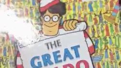 Se compra este libro de '¿Dónde está Wally?' y hace lo peor que puede hacer con