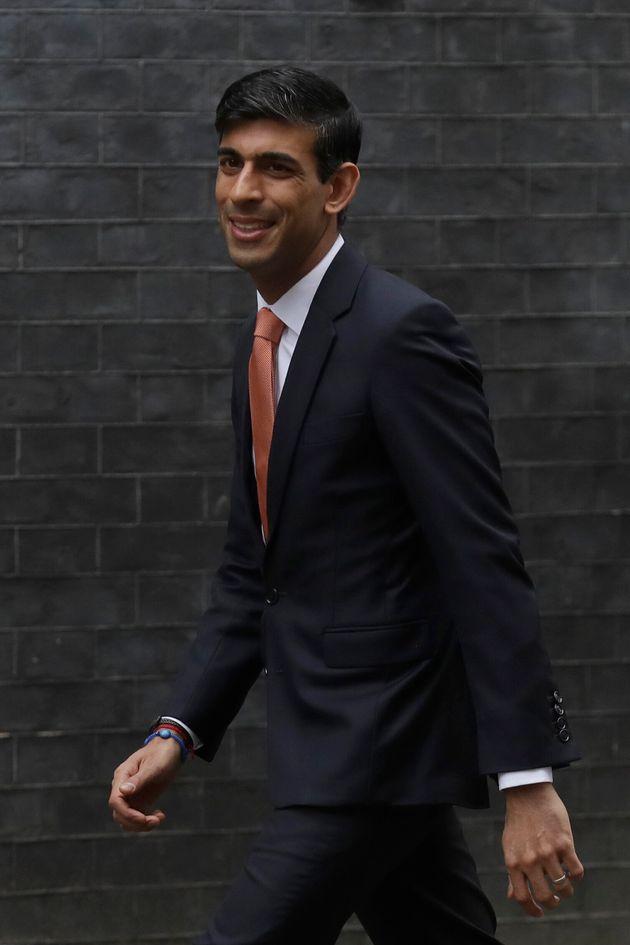 Rishi Sunak arrives at Downing Street on cabinet reshuffle