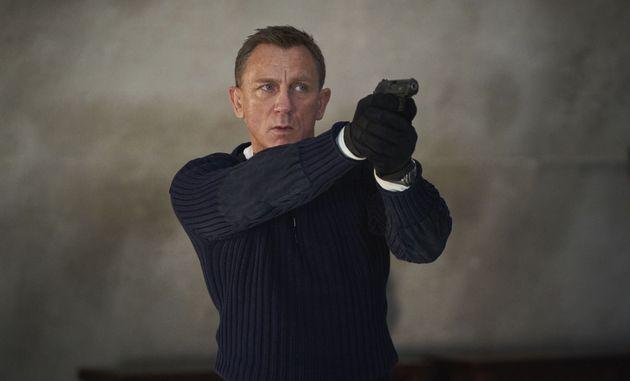 Découvrez la chanson thème du prochain James Bond, par Billie