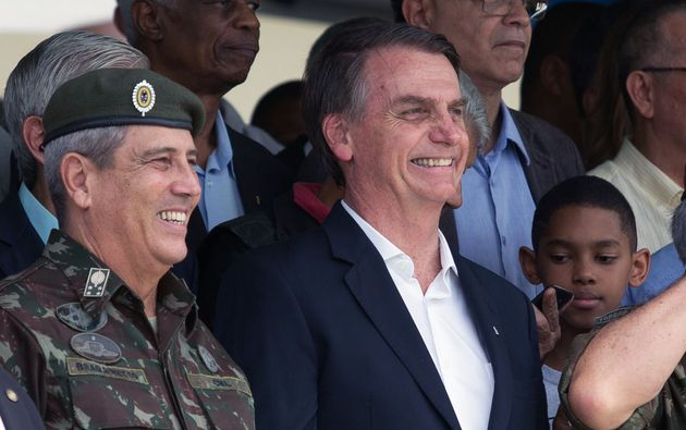 General Walter Braga Netto, que assume a Casa Civil, ao lado do presidente Jair