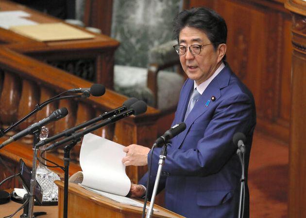 安倍首相、「法の解釈変更」を明言