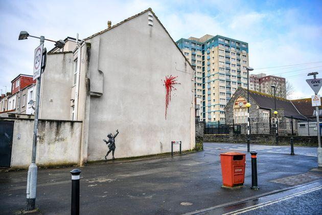 Banksy regresa a los pisadas de adolescentes con el nuevo 'Valentine's'