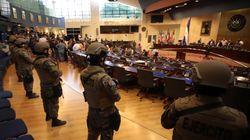El Salvador, il presidente contro la Costituzione per combattere le