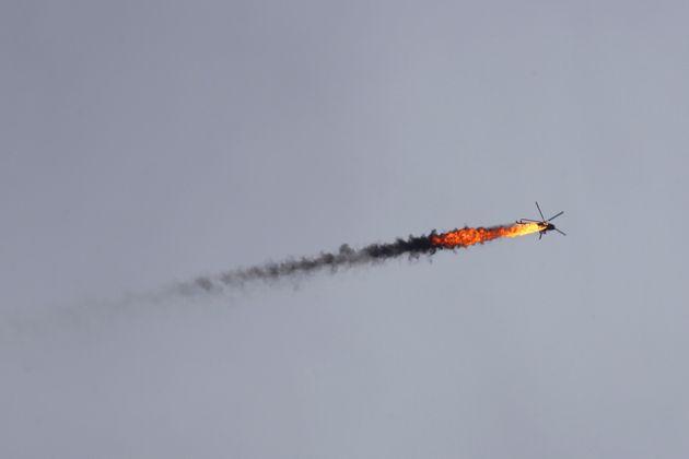 Συρία: Κατάρριψη ελικοπτέρου των κυβερνητικών δυνάμεων από αντάρτες που πρόσκεινται στην