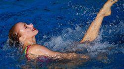 «Φιδίσια έκσταση»: Μαγευτικό βίντεο από Ρωσίδα Ολυμπιονίκη της συγχρονισμένης