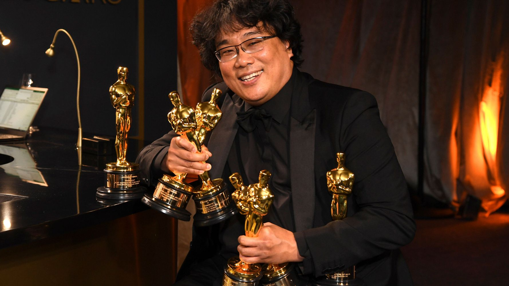 'Parasite''s Oscars Win Started A Subtitle Debate. As A Deaf Woman, Here's What I Think.