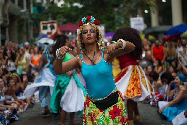 Desfile do bloco Tambores de Olokum, no Rio de