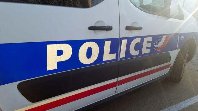 L'hôtel de police de Marseille visé par une soixantaine de personnes après la mort...
