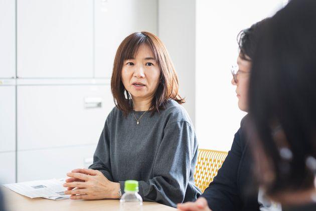 島田文(しまだ・あや)さん(52歳):2014年、ステージ1の乳がんで左乳房を一部切除。契約部主任