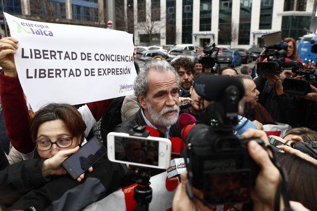 Willy Toledo, a su llegada al juzgado el 17 de febrero de