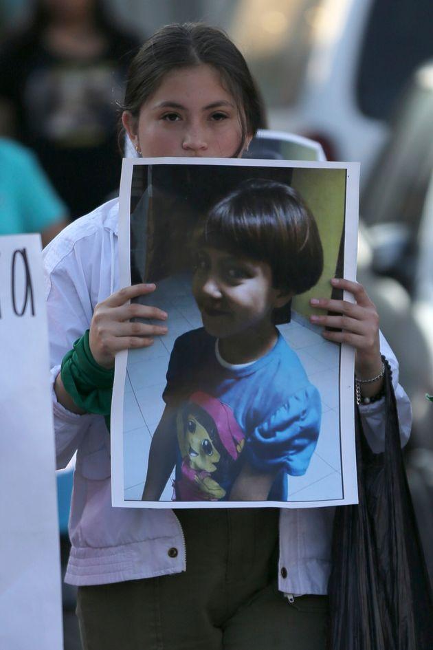 멕시코에서 하교하던 7세 여자아이가 납치·살해돼 공분을 일으키고