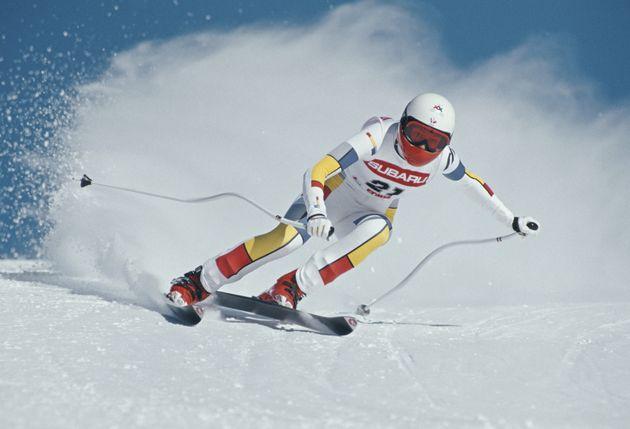 Claudine Emonet, ici en 1987 sur les pistes en Suisse, et sa collègue Catherine Gonseth ont révélé...