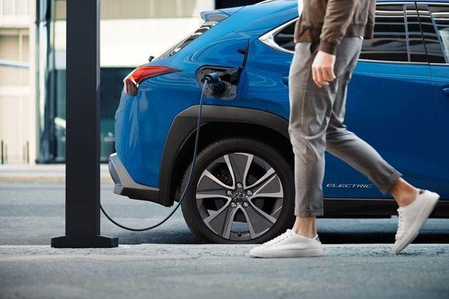 ガソリン 禁止 イギリス 車 販売