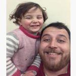 'La vida es bella', en Siria: un padre finge ante su hija que las bombas son un juego para