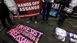 Más de cien médicos piden que Assange reciba atención sanitaria