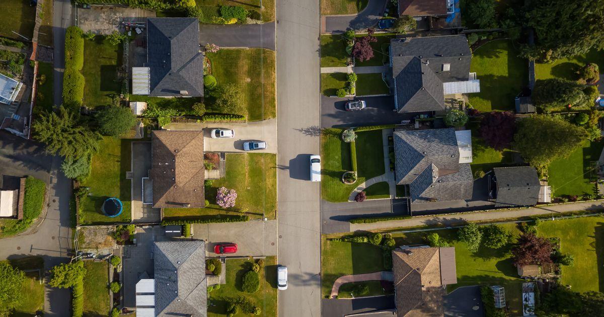 カナダの住宅ローンストレステストは、住宅価格の高騰の中で合格しやすくなりました