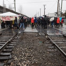 Via Rail Temporarily Lays Off 1,000 Workers As Blockades