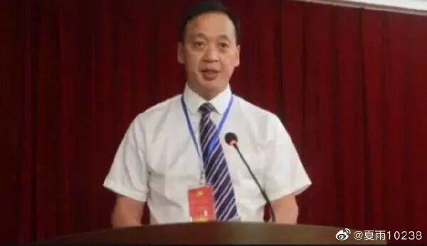 우한 우창병원 병원장으로 근무하다 코로나19에 감염돼 18일 오전 세상을 떠난 류즈밍 (웨이보
